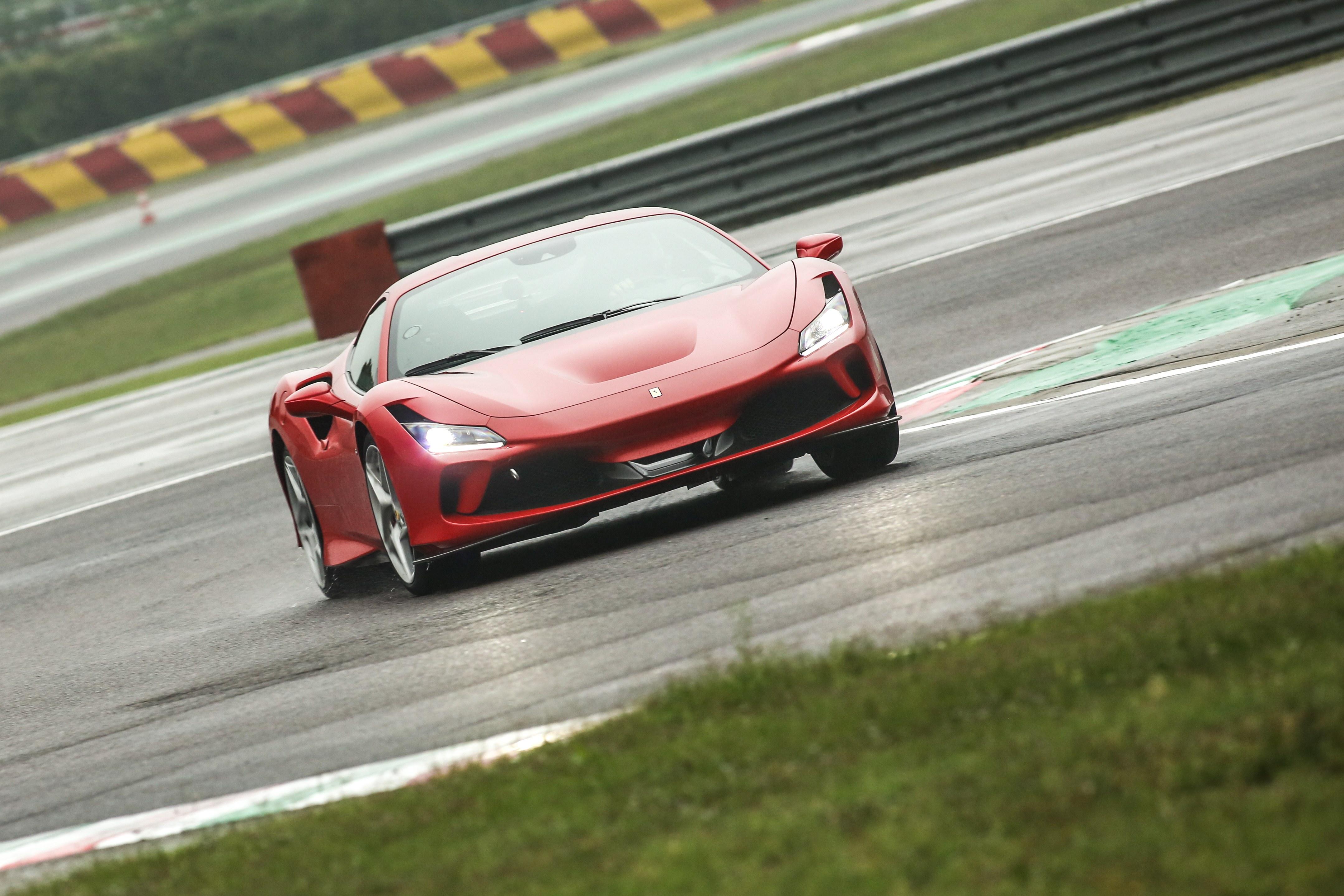 フェラーリのV8スポーツはここまで進化した! F8 トリブート試乗記