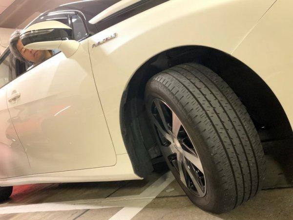 愛車のハンドルは軽いor重い? 「ハンドルの重さ」は何で変わるのか