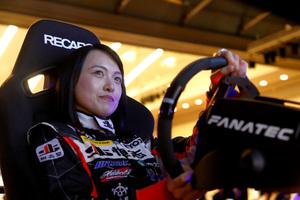 実車で速ければゲームでも速い! プロドライバーも参戦中の「eモータースポーツ」のリアル度がスゴイ