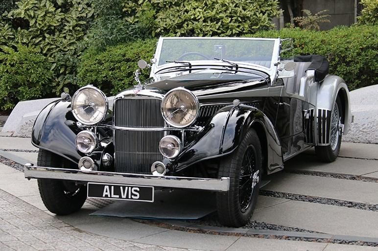 """タイムトラベラーになって、1930年代の""""新車""""に乗る費用はハウマッチ?"""
