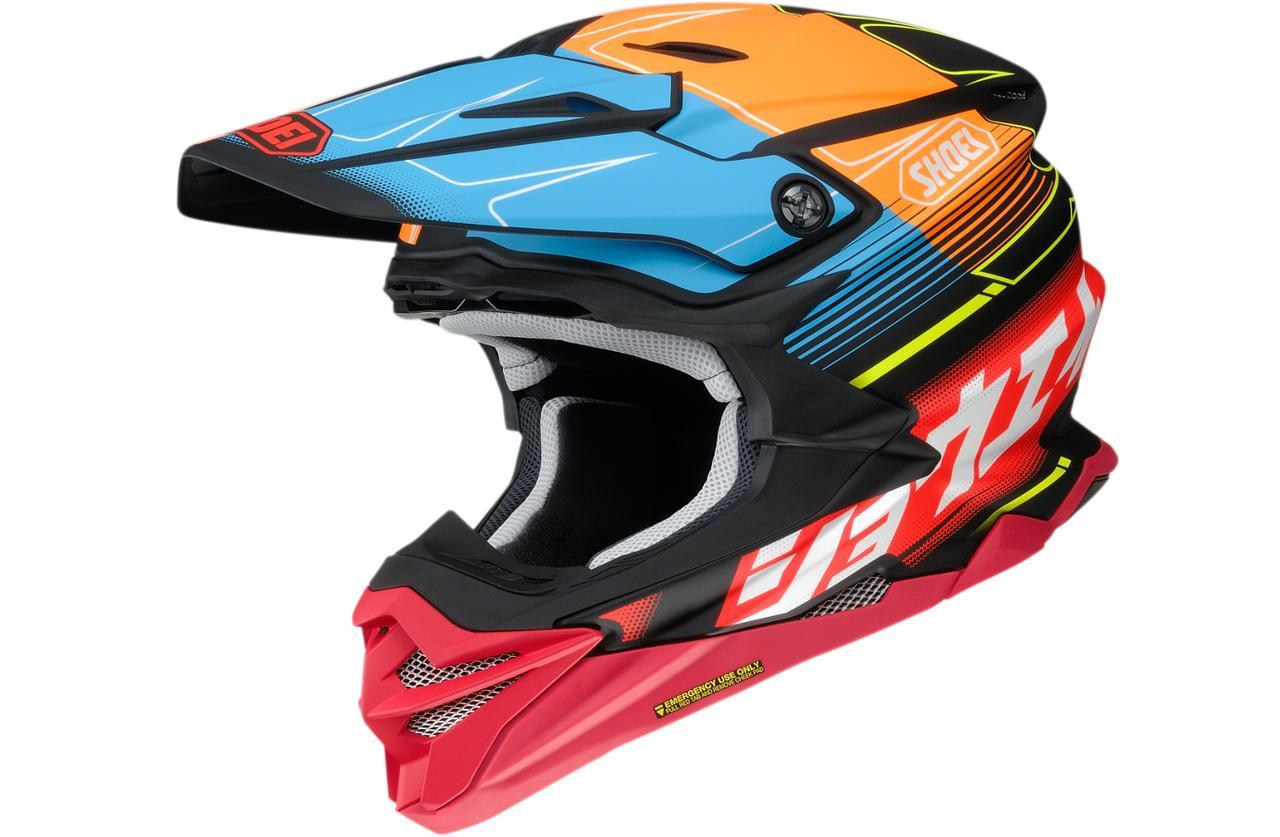 カタカナ「ショウエイ」と多彩な色使いが決め手!SHOEIのオフロードヘルメット〈VFX-WR〉にパンチの効いた限定モデルが登場