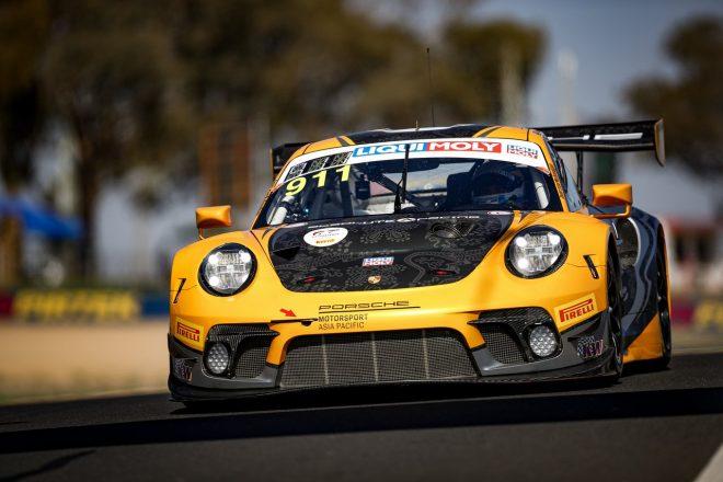 オリベイラ駆るGT-R、4番手から決勝へ。ポールはアブソリュート911号車ポルシェ/バサースト12時間 予選