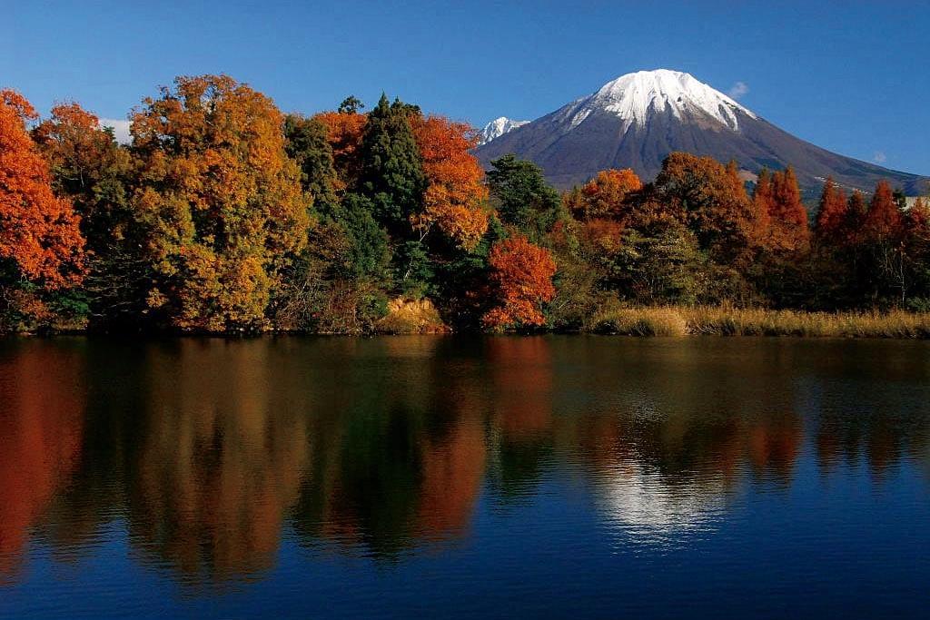 さまざまな表情をもつ霊峰に美しい雲が湧き上がる(鳥取県/岡山県 国道482号・内海乢)【雲海ドライブ&スポット Route 66】