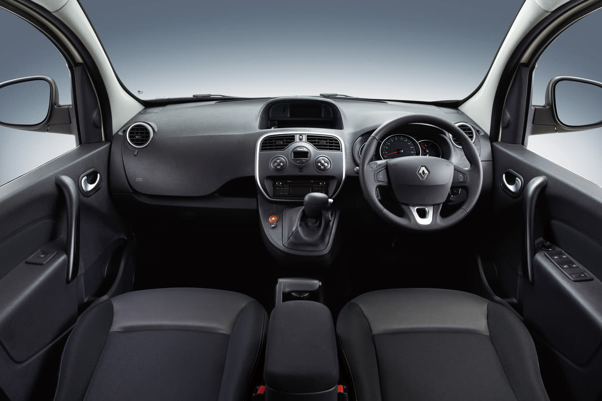 ルノー・カングーに200台限定の特別仕様車「ペイザージュ」設定! 第4弾はアイボリーのボディカラーを採用