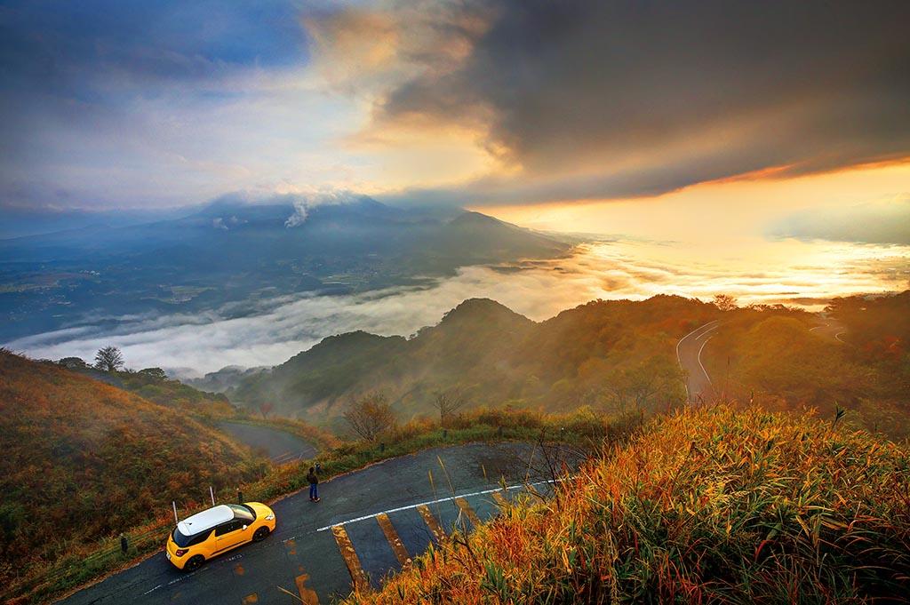 阿蘇五岳から外輪山の連なりまで一望にすることができる絶景の峠(熊本県 俵山峠)【雲海ドライブ&スポット Route 84】
