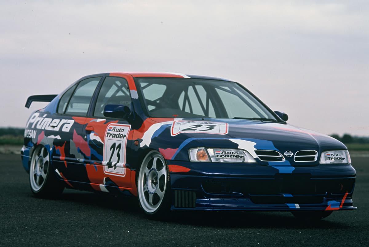 街中を走るクルマがレーシングカーに? 海外レースで大活躍した90年代の国産車