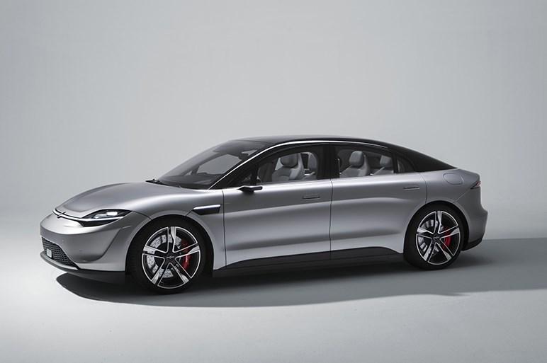 ソニーの電気自動車を見て、日本で自動運転社会が実現をするのか憂慮した