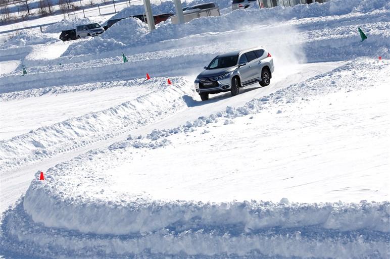 三菱の雪上試乗会で手応えを感じた、4輪駆動と電動化の近未来