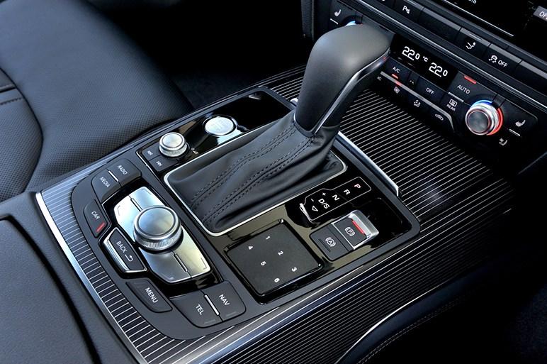 贅沢で欲張りなアウディ。A7&RS7スポーツバックに試乗!