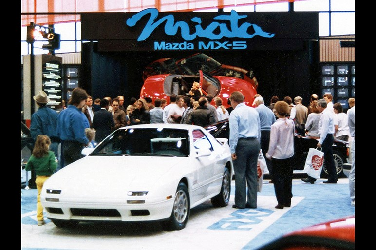マツダ、ロードスターの誕生30周年記念車をシカゴショーで初披露