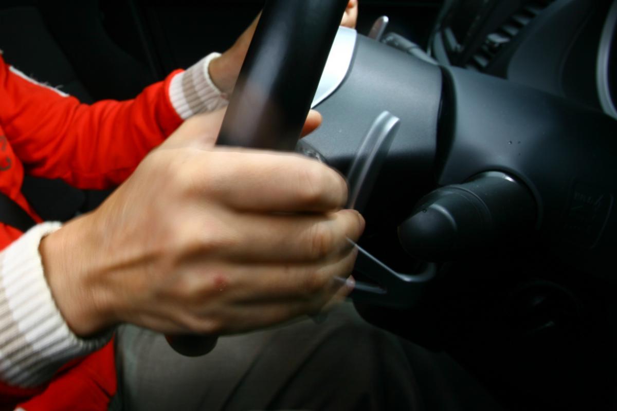 使った経験ゼロの人も多し!  最近軽自動車にまでパドルシフトが採用されるワケ