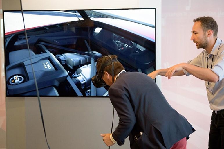 VR技術やAR技術がクルマの販売や開発を変えていく