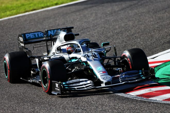 F1タイトル6連覇のメルセデスに重要な課題あり。「パワーユニット開発の面では成功したといえない」とハミルトン