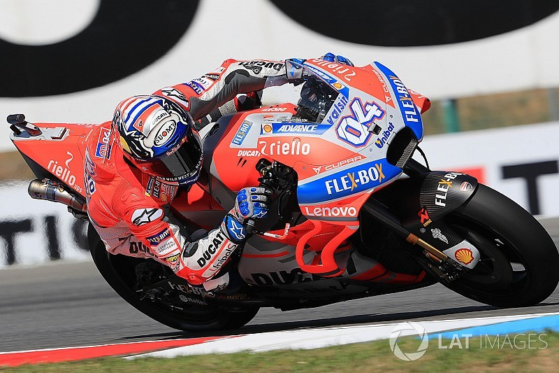 MotoGPチェコ決勝:ドヴィツィオーゾが三つ巴の接戦制して2勝目。ロレンソが2位でドゥカティ1-2、ロッシは惜しくも4位