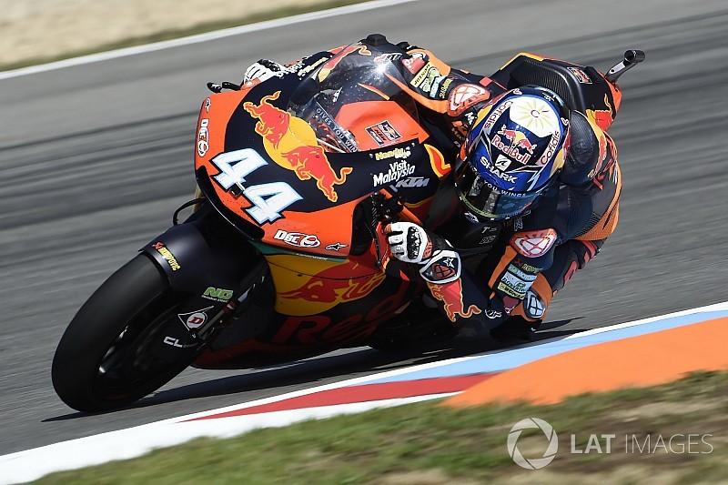 最終周最終コーナーまで大激戦。オリベイラがロッシ弟のマリーニを下して優勝 MotoGPチェコGP Moto2クラス決勝
