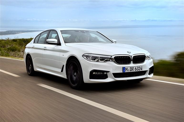 新型5シリーズ海外試乗。BMWらしさを取り戻した走りの質感に注目