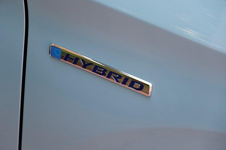 ホンダの優等生、フリード/フリード+がフェイスリフト。クロスオーバー風モデル追加で地味さを払拭