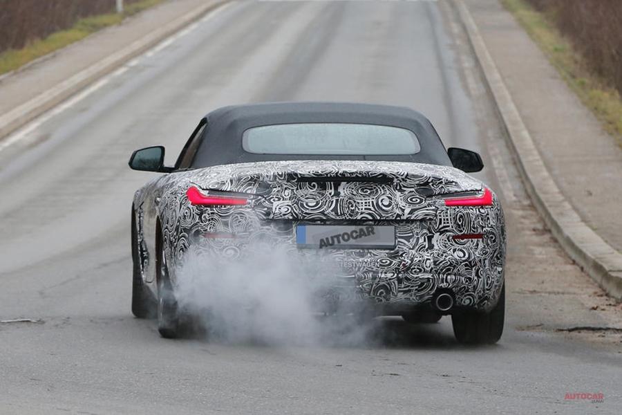 BMW Z4新型、最新フォト スープラ共用でハイブリッドの可能性も 発売は19年か