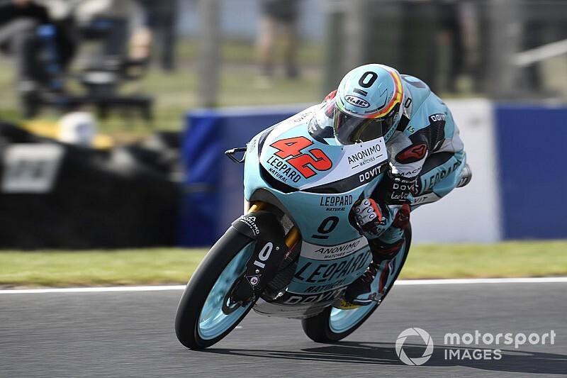 Moto3マレーシア予選:鈴木竜生、2番手フロントロウ獲得。PPはラミレス