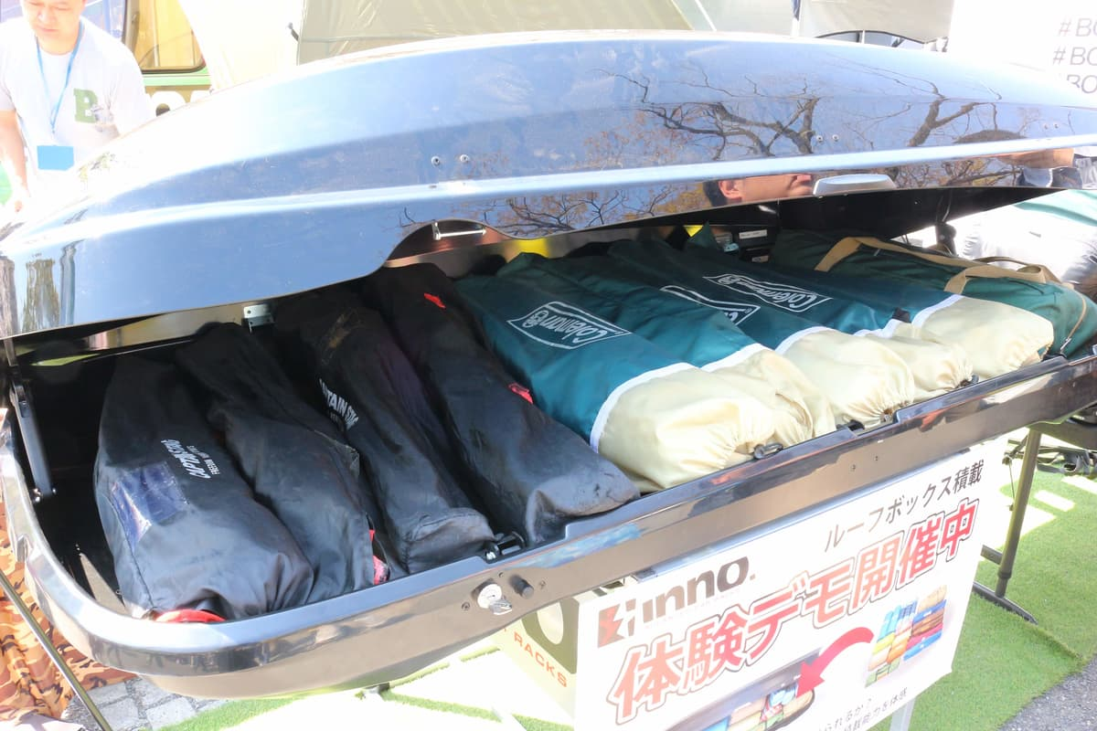 大荷物の家族キャンプでは「ルーフボックス」が便利! クルマのラゲッジと使い分ける上手な収納法