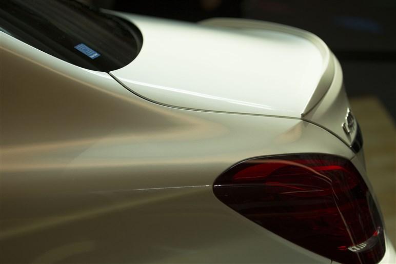 AMGスポーツモデル第1弾 C 450 AMG 4MATIC、羽田のメルセデスミーで発表