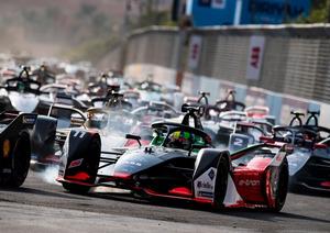未来のF1マシンは電気自動車? 7年目を迎える「フォーミュラE」レースの実状と展望