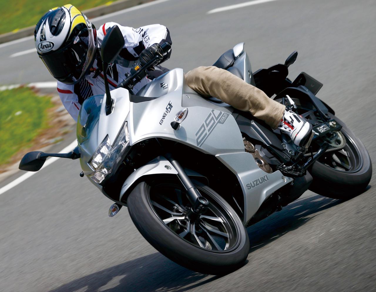 スズキ「ジクサーSF250」油冷エンジンを搭載した新型250ccスポーツバイクの実力を徹底検証!【試乗インプレ・車両解説】(2020年)
