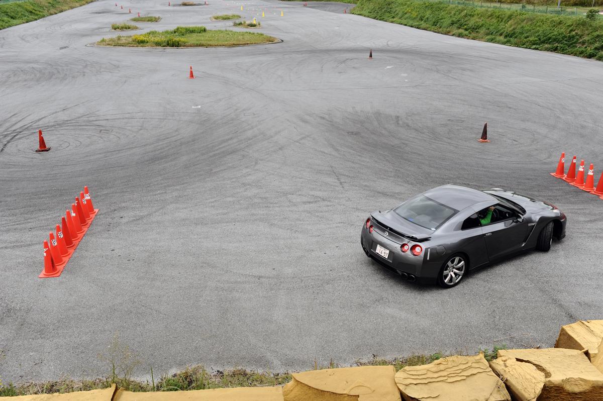 苦手な駐車や狭い道の恐怖から解放! 小回り性能抜群の日本車13選
