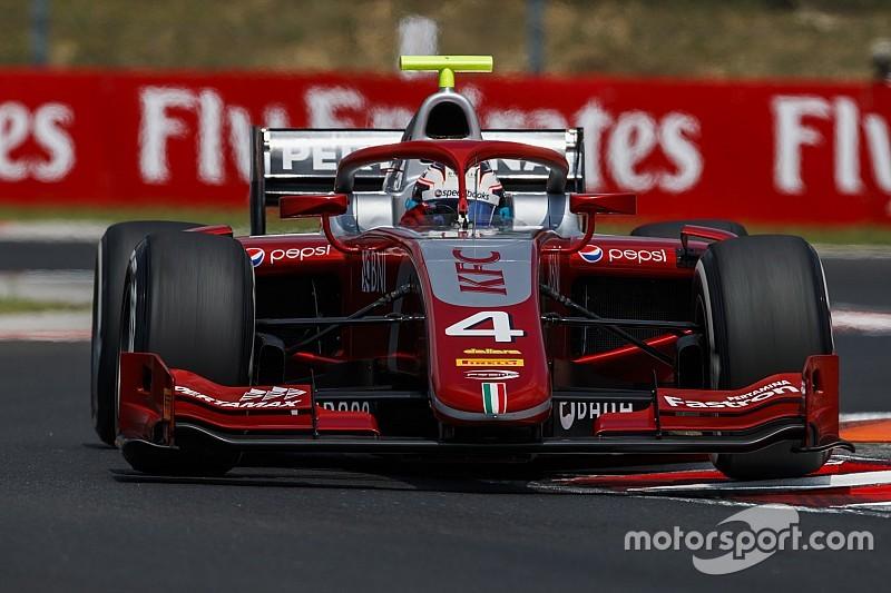 F2ハンガロリンク:レース1はマクラーレン育成のデ・フリーズ優勝。牧野は9位まで追い上げ、福住10位