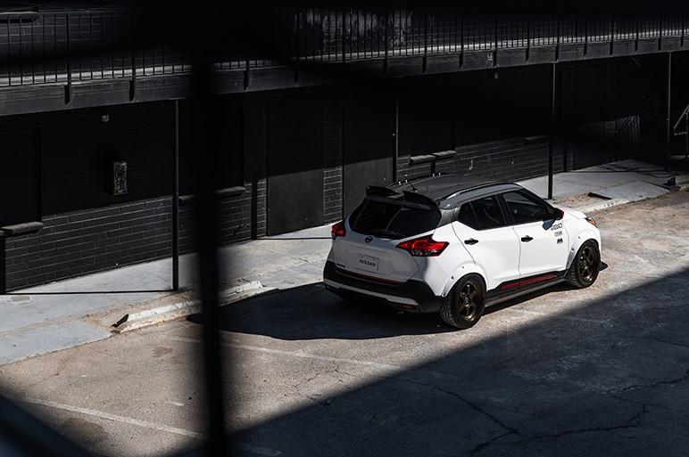日産、国内導入の噂もあるコンパクトSUV「キックス」のコンセプトカーをSEMAショーに出展