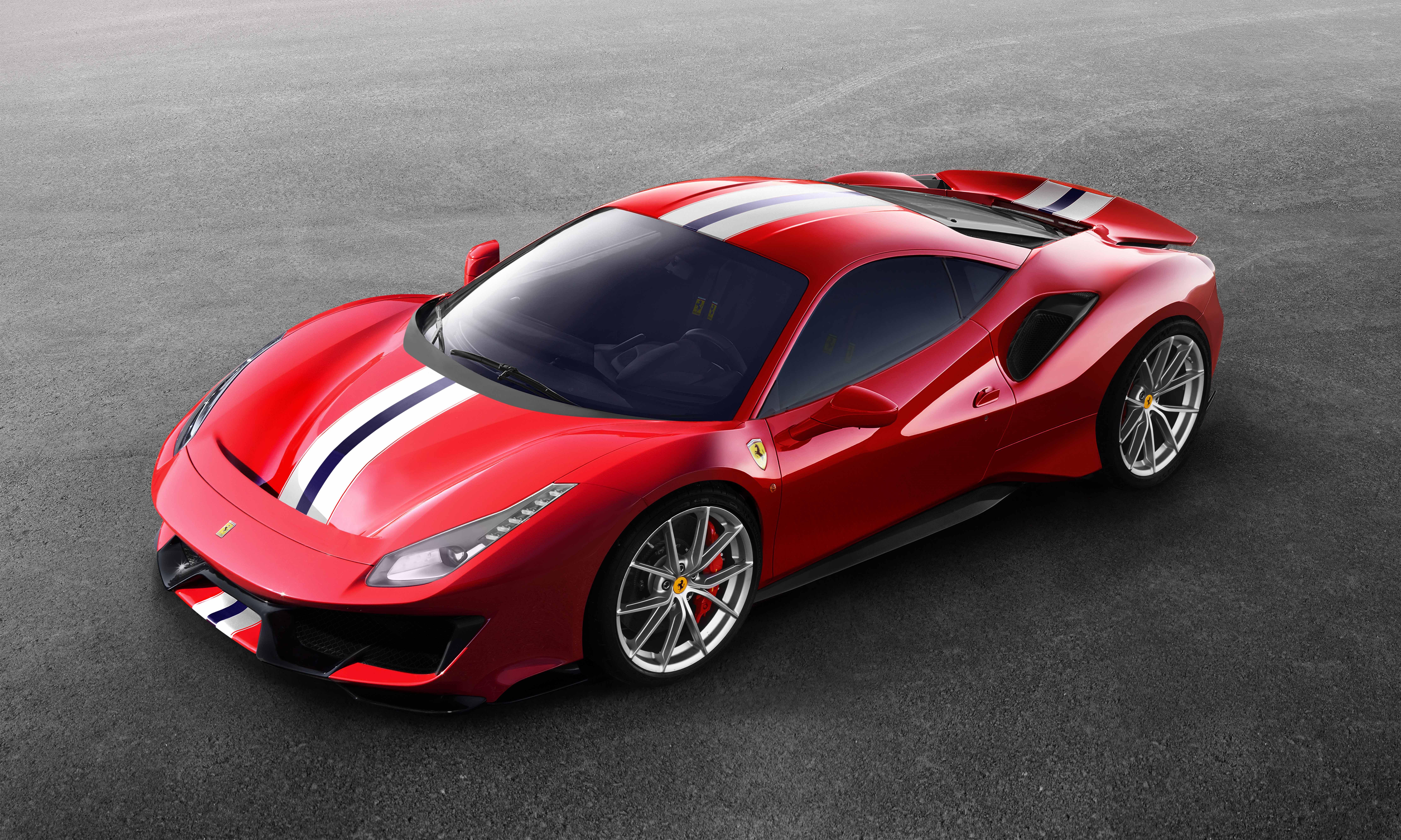 最新跳ね馬の快音轟く フェラーリ488ピスタ公式映像