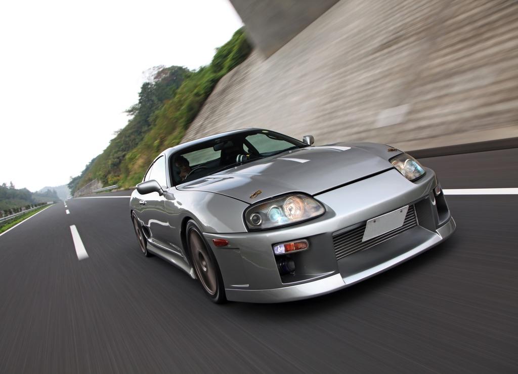 「時速330キロも可能な900馬力のJZA80スープラ合法スペシャル!」最高速の名手フレンズの技術が満載!