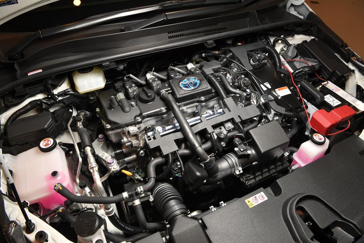 MTモード付きATやハイブリッドを追加! 九代目から振り返るトヨタ・カローラ
