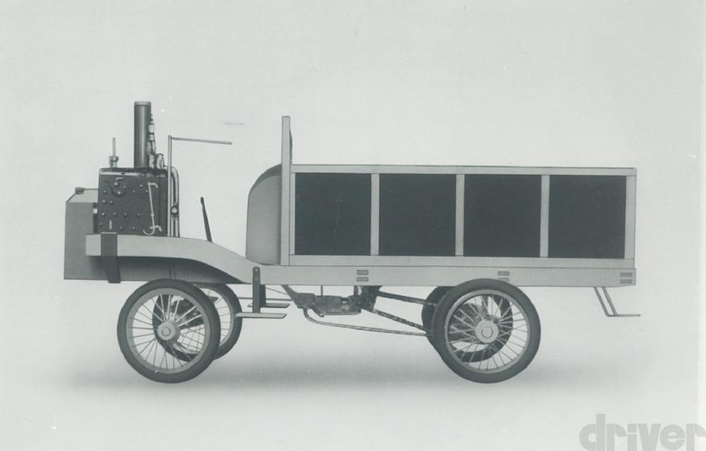 日本最古の自動車は10人乗り⁉︎ 現存する一番古い車名とは?