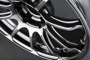 「アドバンレーシング・RS III」アドバン・レーシングの旗艦にファン待望の19インチが追加【ホイールカタログ2020春】