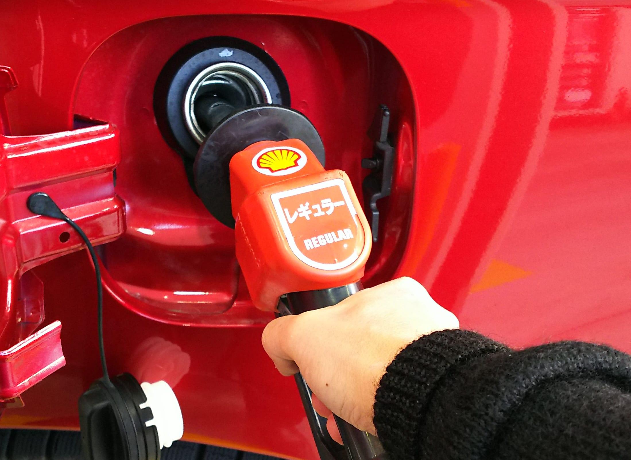 「有鉛ガソリン車」に無鉛ガソリンを入れても走れるの?