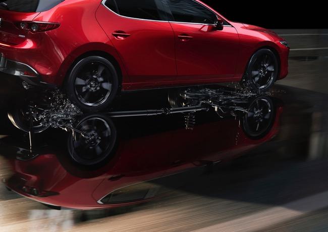 【「欲しい!」の声に応えた】「マツダ3」の2Lガソリンモデルに4WDを追加設定。どのエンジンでも4WDを選択可能に