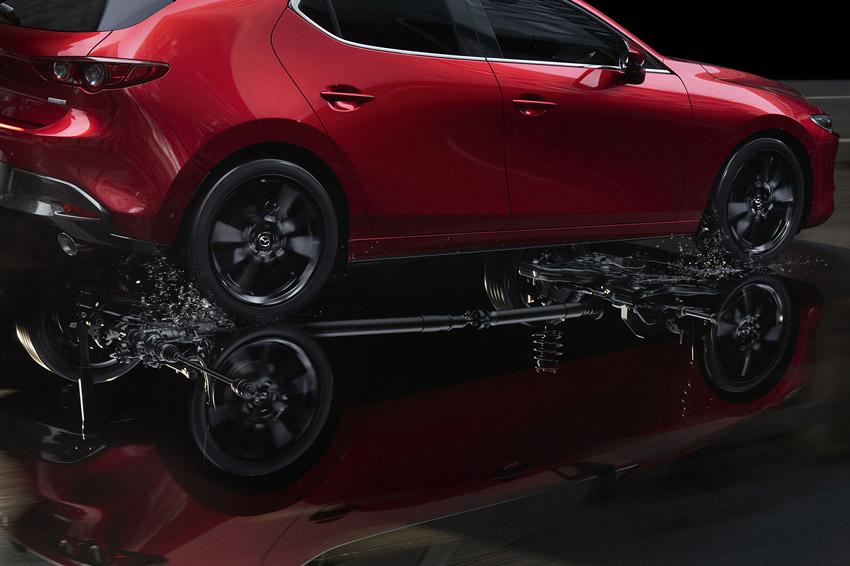 「マツダ3」の 2.0LガソリンモデルにAWD車を追加