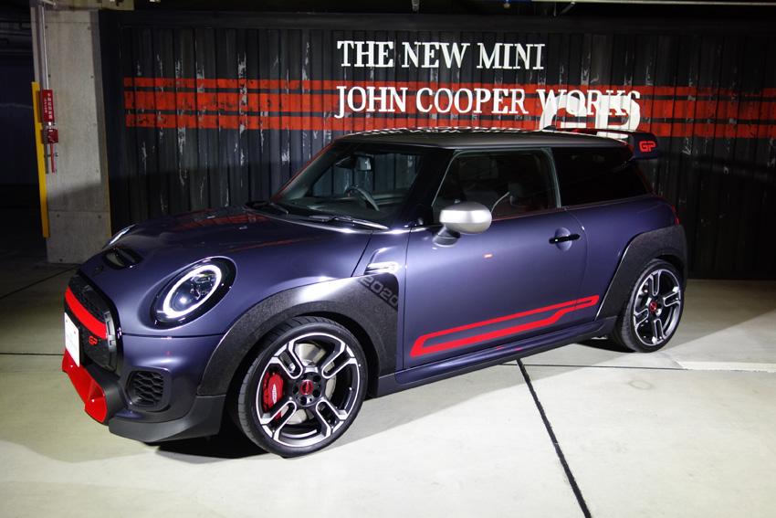 MINI 限定モデル「ジョン・クーパー・ワークス クラブマンGPインスパイアード・エディション」を発売
