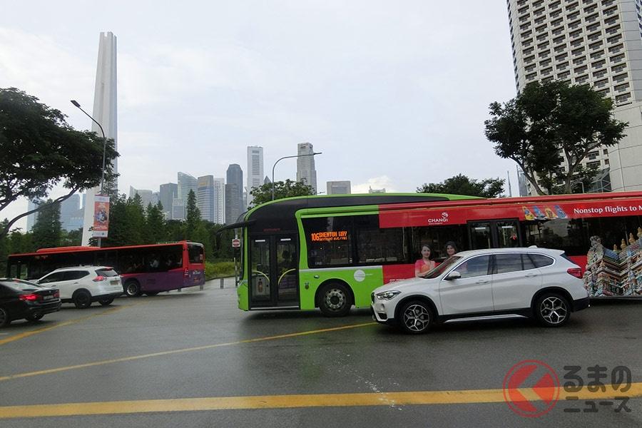 なぜ新型「ヤリス」が1000万円? 交通社会を管理するシンガポールの新車購入制度とは