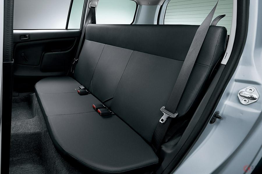 マツダが新型「ファミリアバン」を発売!実用性に優れた商用車モデルが登場