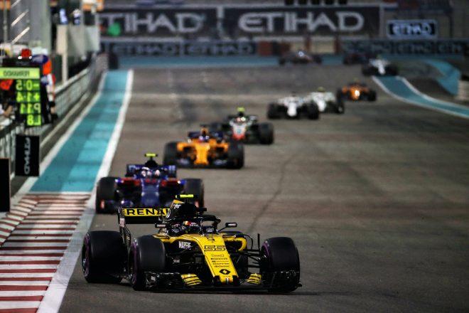 サインツJr.、2019年F1は中団グループが大混戦になると予想。「どのチームがリードしてもおかしくない」