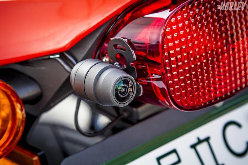 GPS付バイク専用ドライブレコーダーをハーレーに取り付けてみた【EDR-21G】