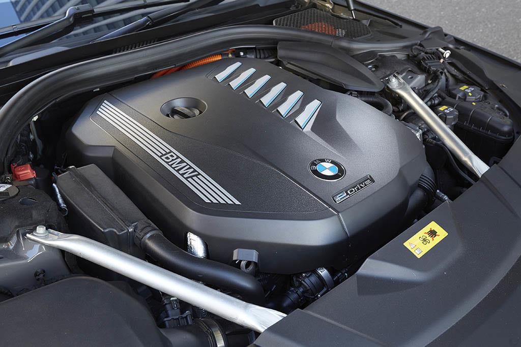 【比較試乗】「メルセデス・ベンツ Sクラス vs BMW 7シリーズ vs アウディA8 」極上の移動空間を擁する真のフラッグシップとは?