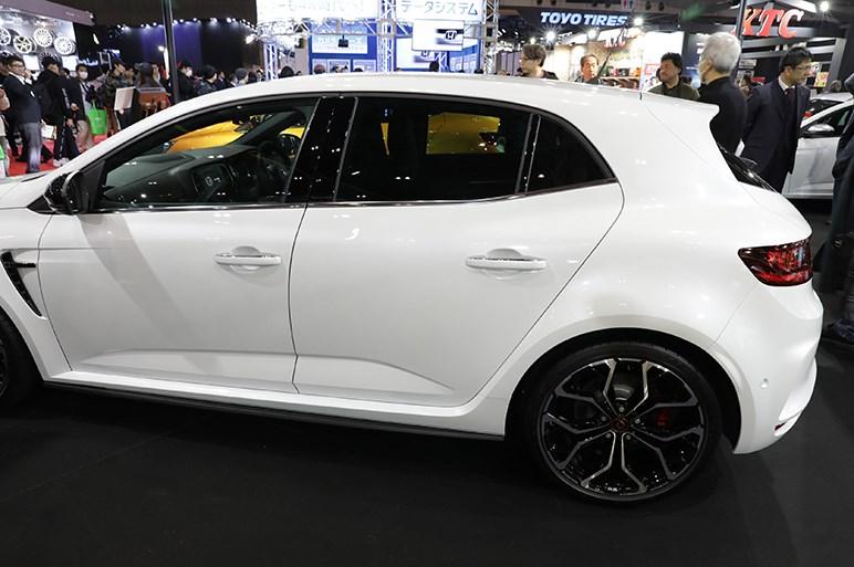 【東京オートサロン2019】ルノーブースは2月に発売されるメガーヌRSのMT車を参考出品