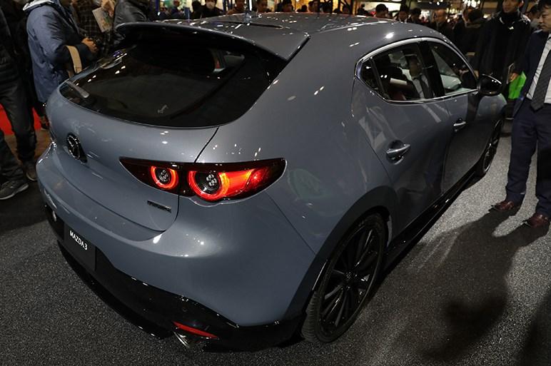 【東京オートサロン2019】新型マツダ3が日本上陸。ドレスアップ車も早速出展