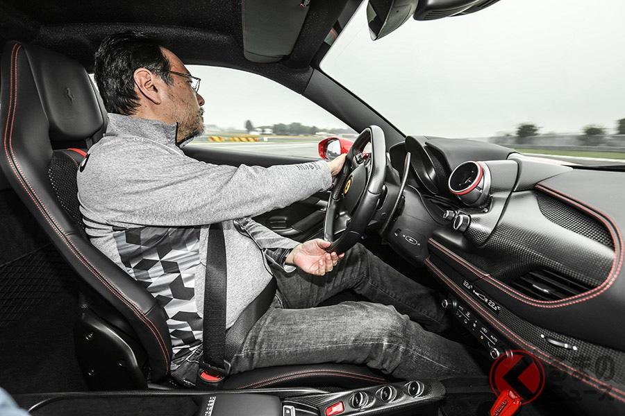 フェラーリが一時代の終わりを告げる? 最新V8モデル「F8トリブート」F1開発サーキットで試す!