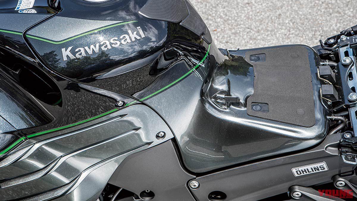カワサキ ニンジャZX-14Rハイグレード試乗インプレ【NA大排気量4発の極太フィール】