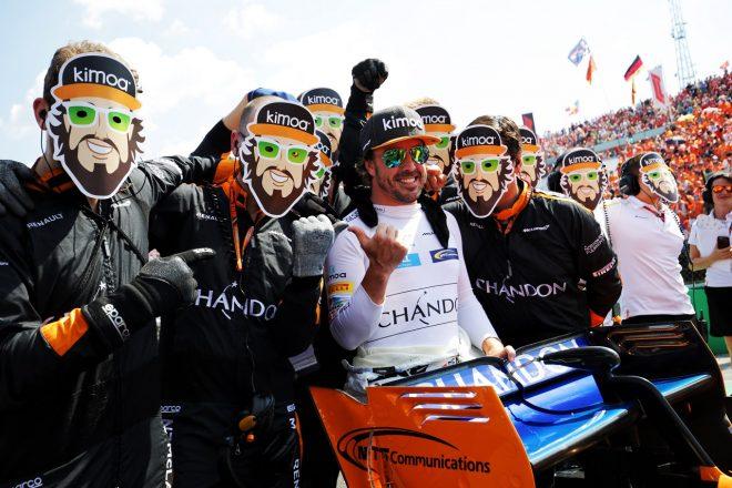 アロンソ「完璧な戦略のおかげで入賞できた。ハッピーな気持ちで休暇に入れるよ」:F1ハンガリーGP日曜
