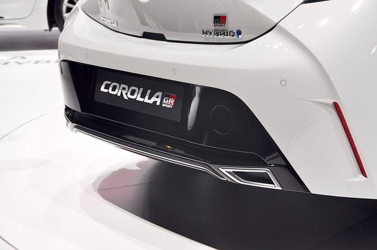 欧州カローラスポーツにGRスポーツ版と自転車ブランドTREKのコラボモデルが登場